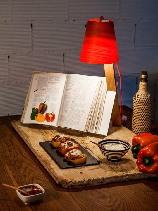 LZF Lamps Asterisco in Rot, 11 Farben Furnierholz