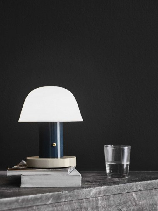 Setago Twilight & Sand tragbare Lampe &tradition
