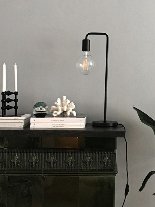 Cool Table Tischleuchte Frandsen online kaufen DesignOrt Berlin