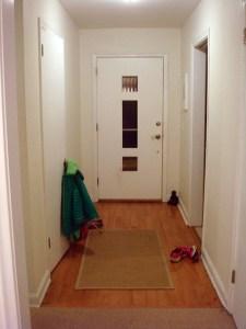 foyer-laminate-flooring-160707