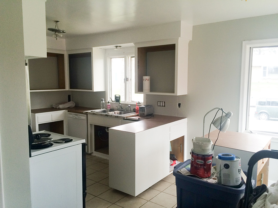 kitchen-white-cabinets-daylight