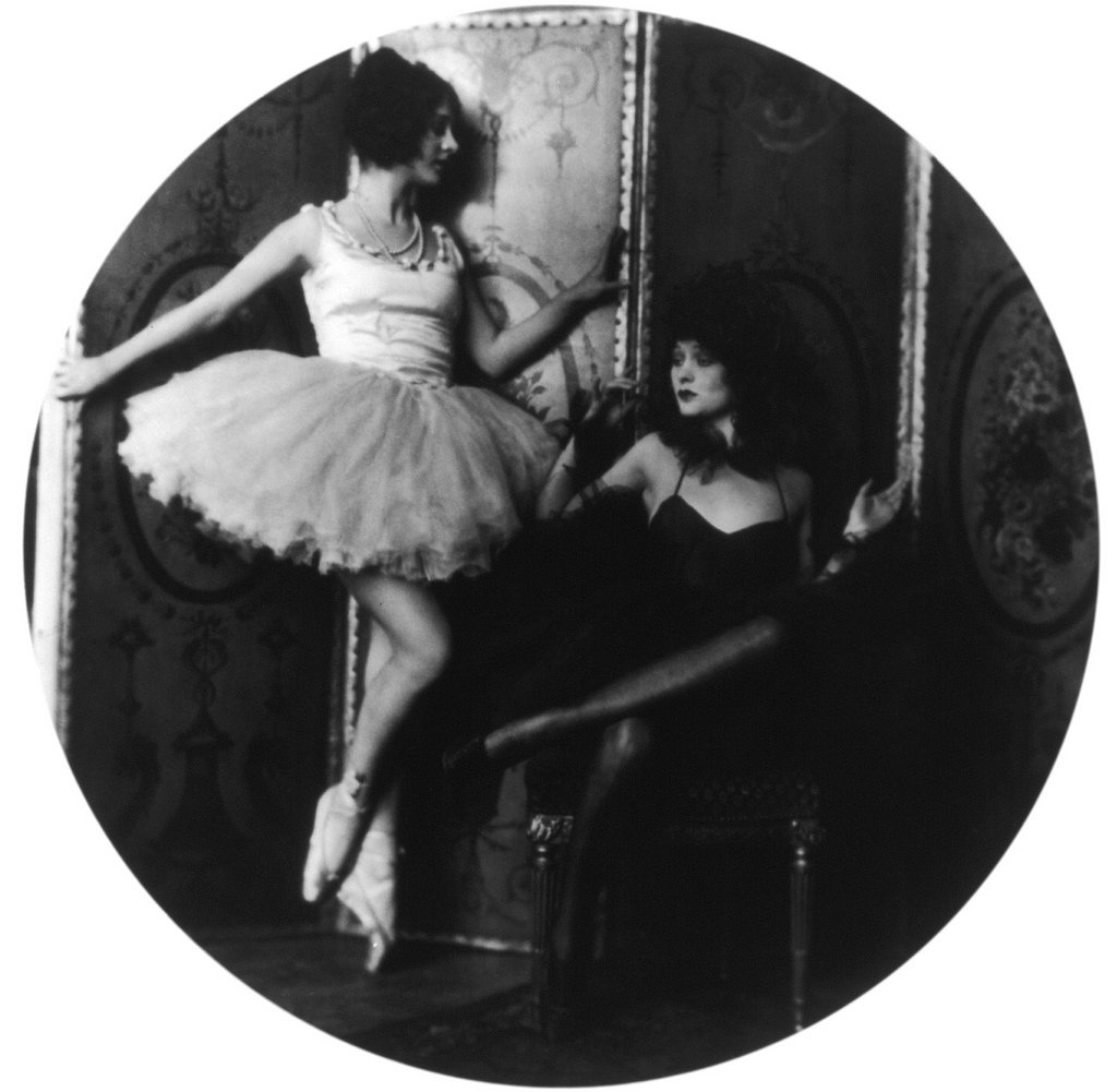 Helen and Dolores Costello, Ziegfeld girls, by Alfred Cheney Johnston6