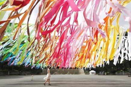 """""""100 Colors"""", Emmanuelle Moureaux"""