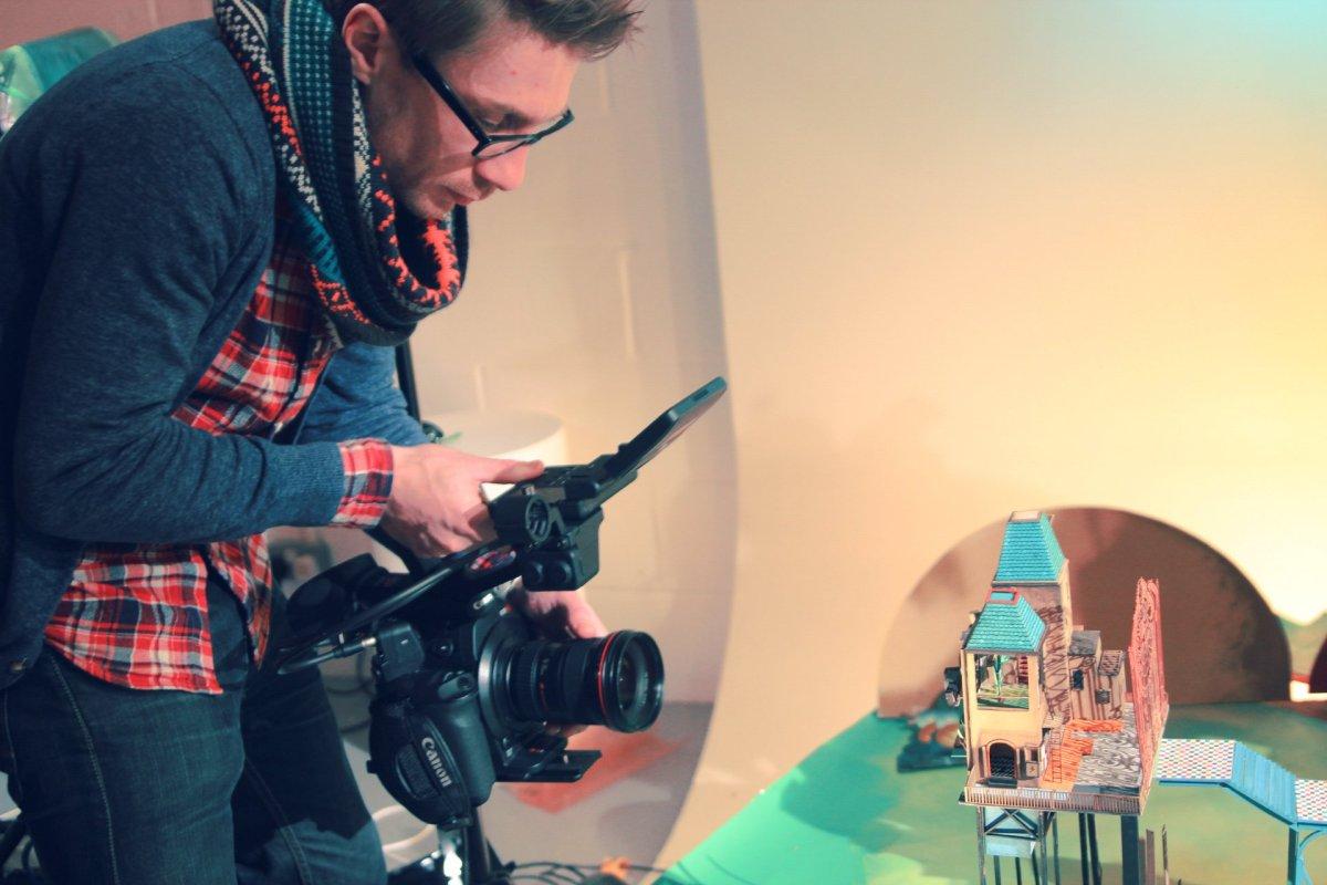 FilmingGatehouseMaking.0