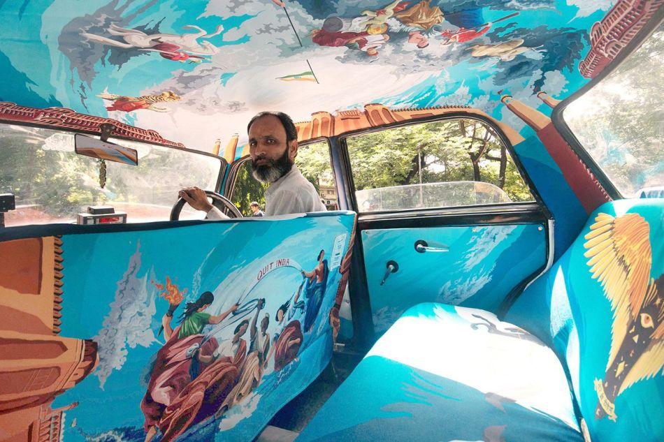 Taxi Fabric. I taxi di Mumbai diventano opere d'arte