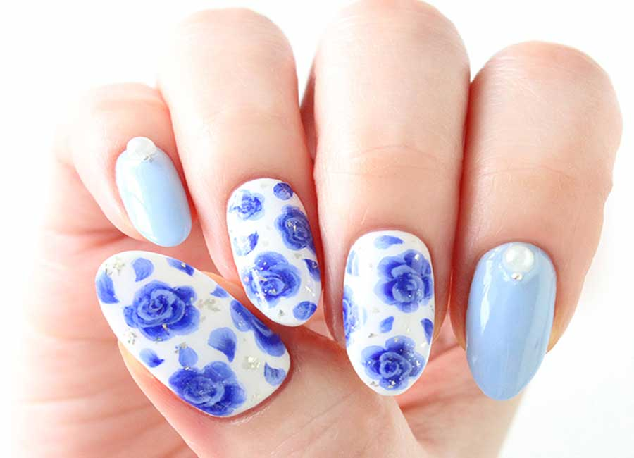 Blue and white Rose Nails