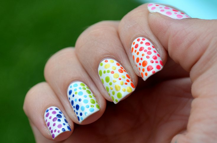 rainbow color nails