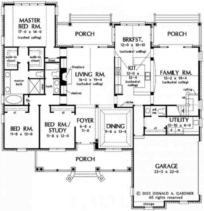 Classic-Brick-Ranch-House-plans