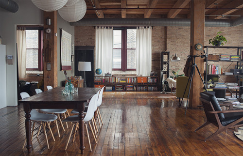 A LiveWork Loft in Chicago filled with Vintage Charm