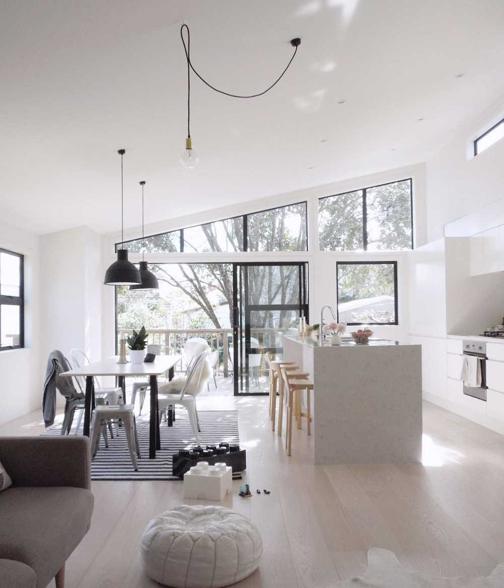 A Minimal and Liveable New Zealand Home By The Beach