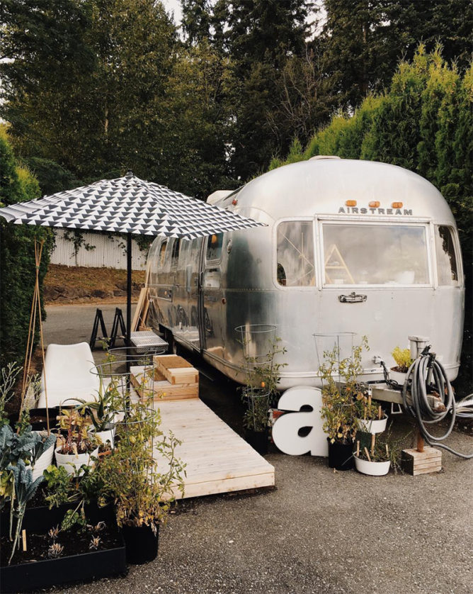 14 Small Space Journeys to Follow on Instagram