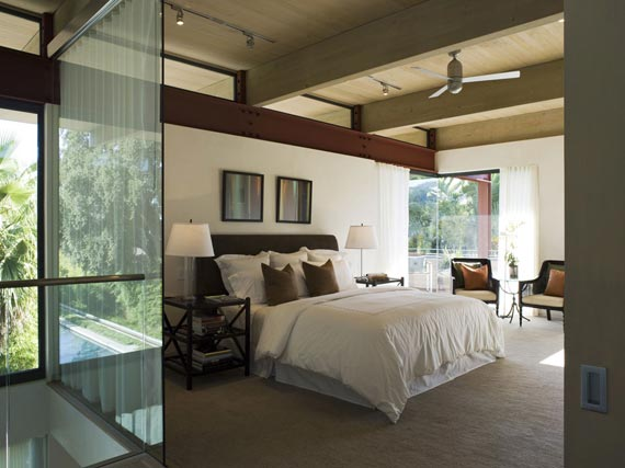 Modern House with L Shaped Architecture Design in California  DesignSpot Blog