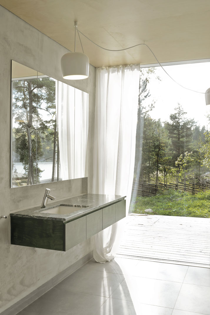 1_Six_Walls_House_Saltsjo_Boo_Sweden_Arrhov_Frick_Arkitektkontor_Photo_Mikael_Olsson_yatzer