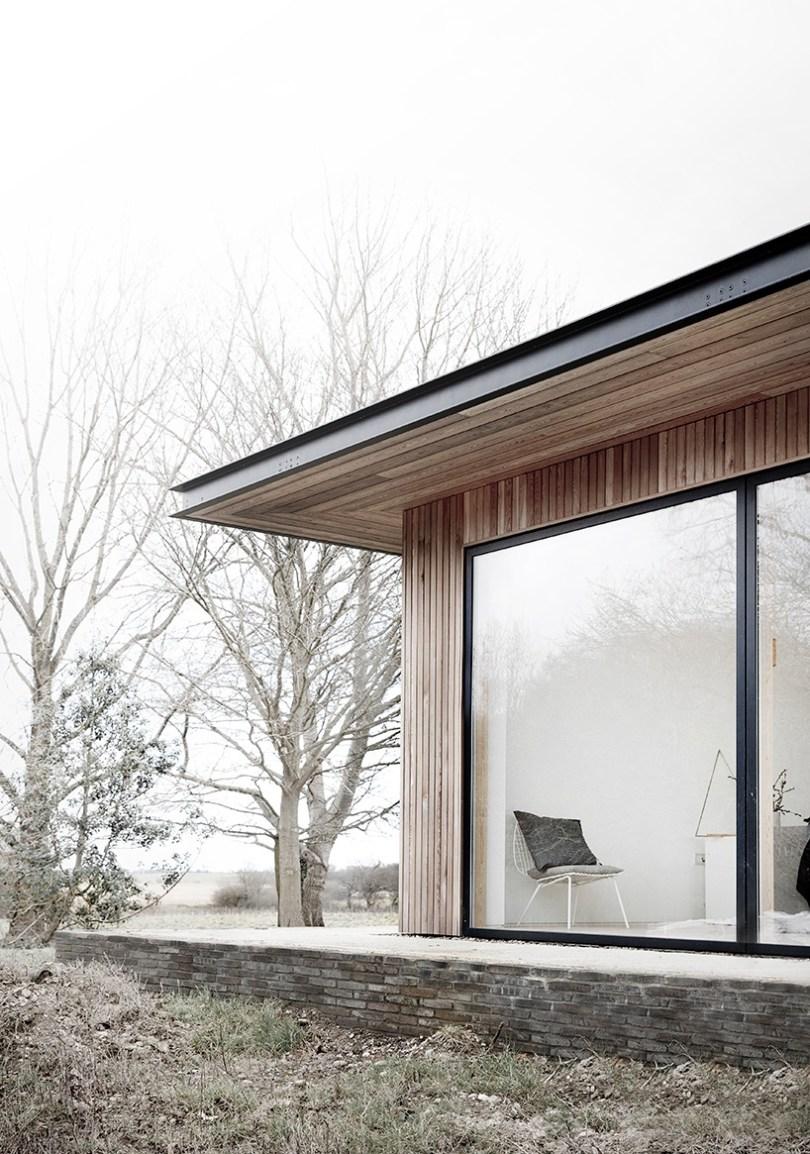 minimalism architecture glass windows