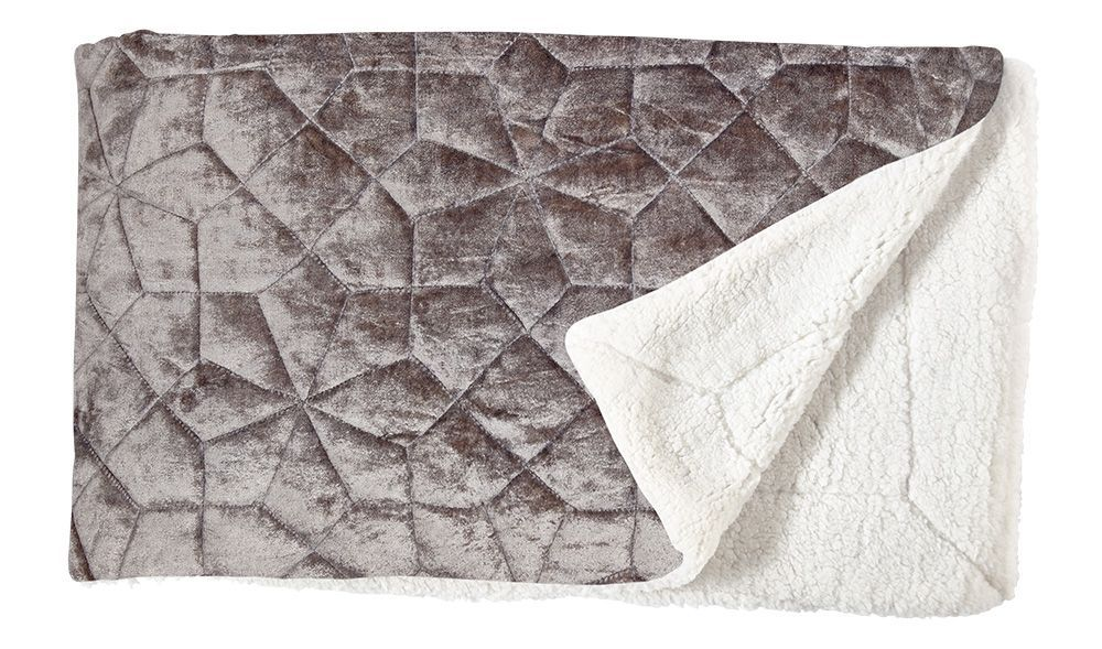 VELVET QUILTED THROW