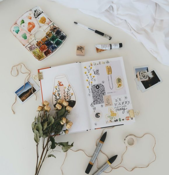 Book Club – What to Read About Art
