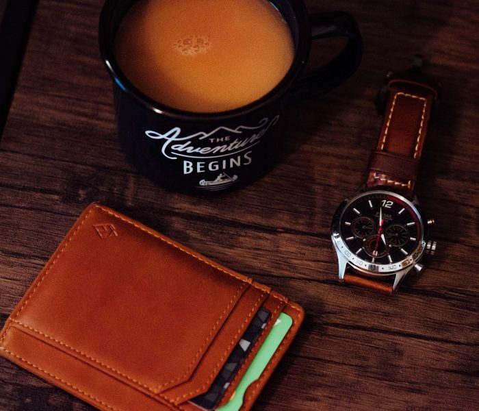 4 things to consider when buying a men's wallet