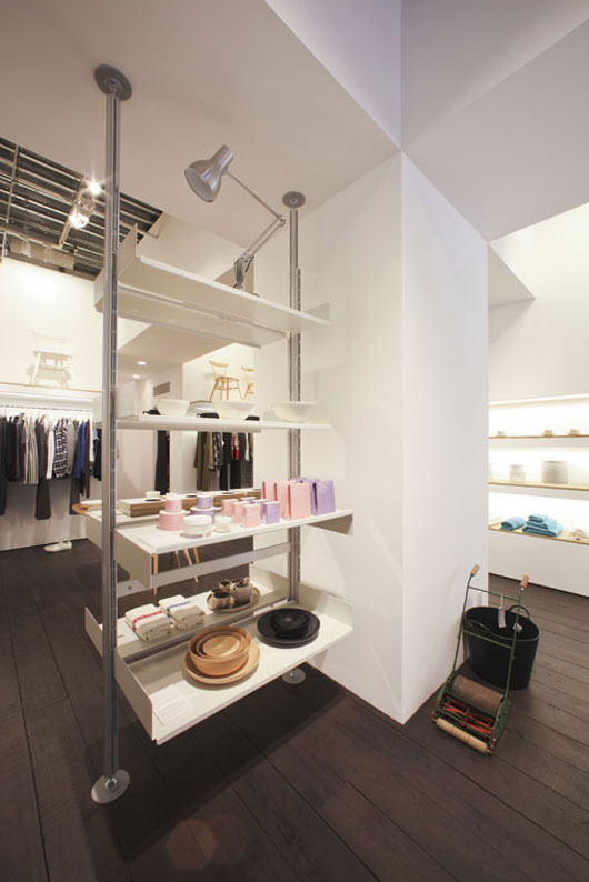 Minimalist Flagship Store Interior by Pentagram Architect