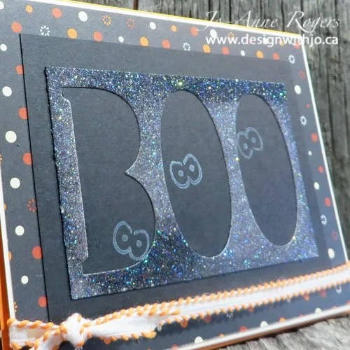 make a Hallowe'en boo card from paper scraps