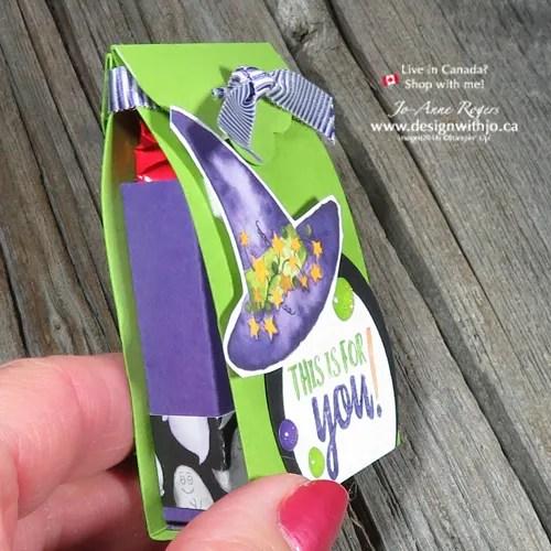I'm LOVIN' my Handmade Candy Corn Countdown Easy Halloween Treat Box