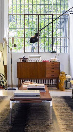 Domini design offre alta qualità, riproduzioni convenienti di mobili di design, derivato dal famoso designer di mobili come charles e ray eames, ludwig mies van der rohe, shin & Arredamento Low Cost Di Design Made In Italy