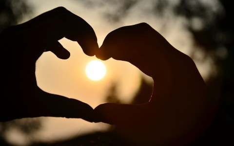 unbelievable facts about love in hindi