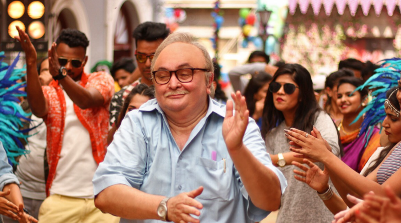RISHI KAPOOR CROONS FOR THE FIRST TIME IN 102 NOT OUT!