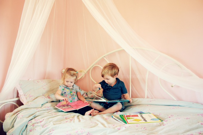 How to raise readers from the beginning - The Funny Mom Blog