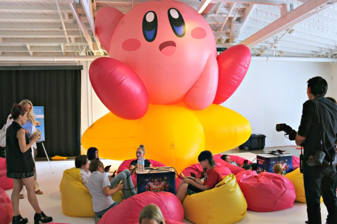 giant-inflatable-kirby