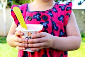 Yoplait, The Snack That Does A Body Good! #CalciYUM #Yoplait