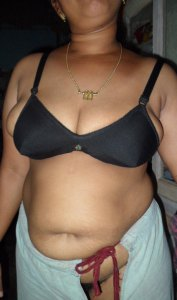 busty fat desi babe