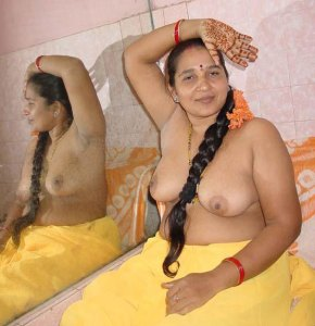 indian aunty fat nipple