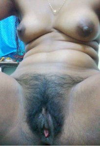 desi wet pussy nude photo