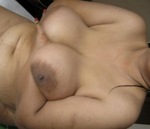 bhabhi boobs holding xx hot