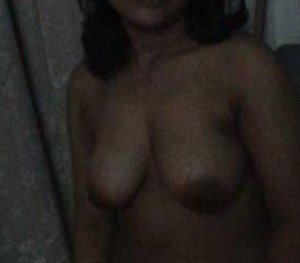 desi naked boobs pic