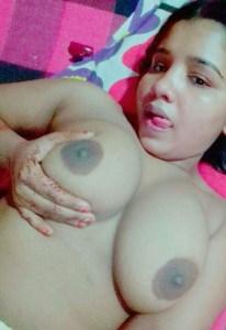 naughty girl desi tits