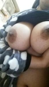 indian desi amateur bhabhi squeezing boobs nude photo