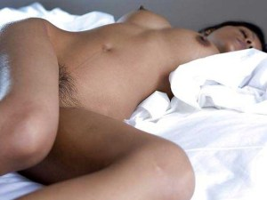 Amateur Babe sleeping full nude