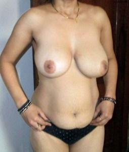 Desi Amateur Babe big tits hot