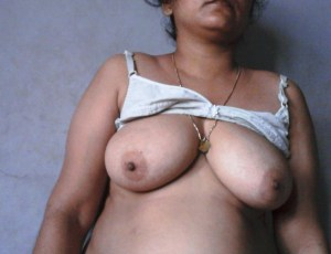 sexy indian bhabhi big boobs
