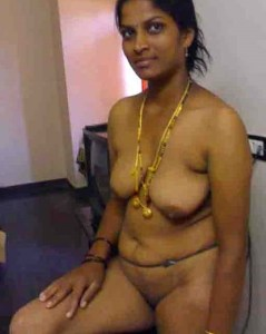 full nude south indian wife photo