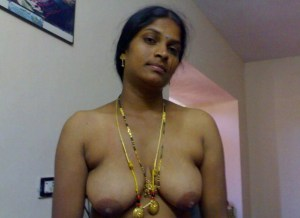horny indian wife nude image