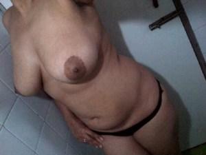hot desi chubby wife big boobs nude pic