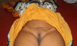 Desi hot aunty chut photo