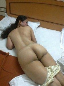 Full nude ass