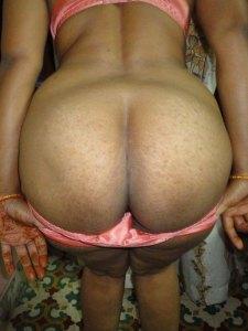Sexy desi nude ass