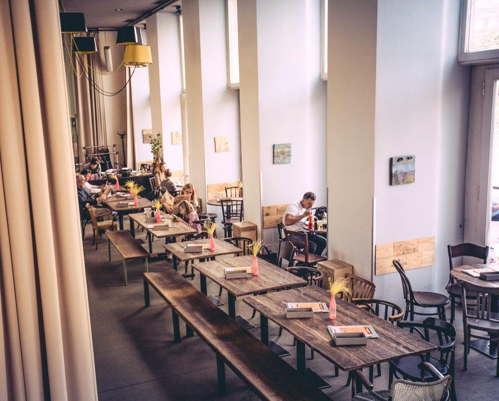 Des_Jen_Cafe_Fraincais_Brunch_In_Vienna
