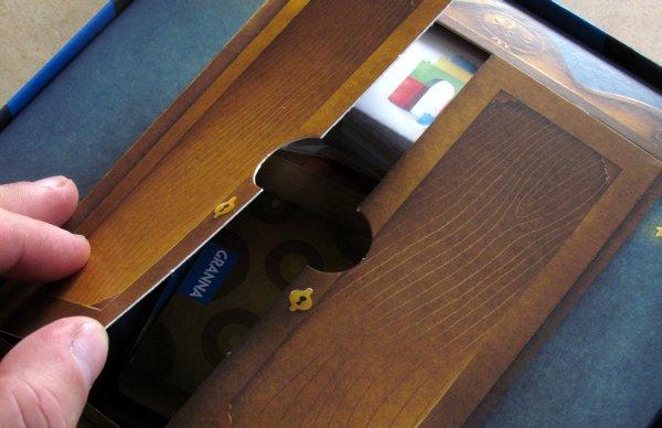 Příšerky ze skříně - skříň
