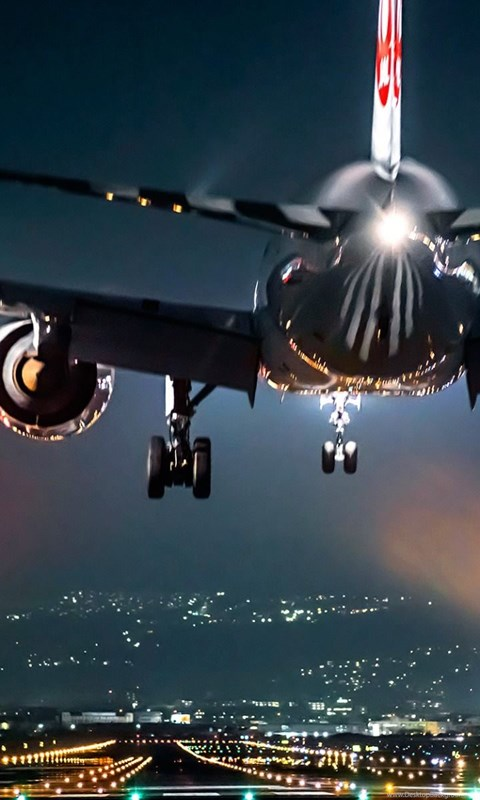 Iphone 3g Wallpaper Airplane Take Off At Night Wallpapers Hd Free Download