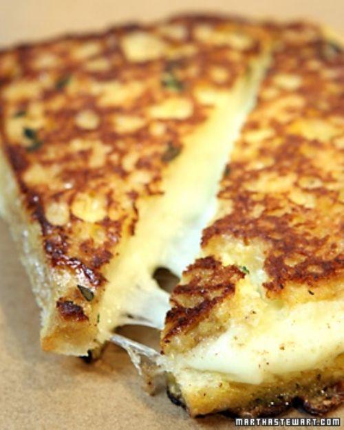 garlic bread mozzarella grilled